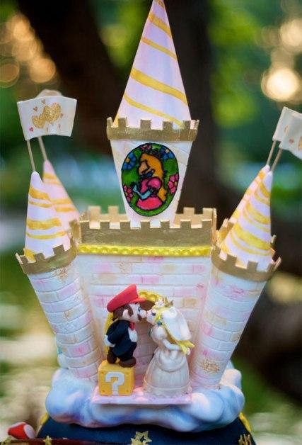 mario_peach_wedding_cake