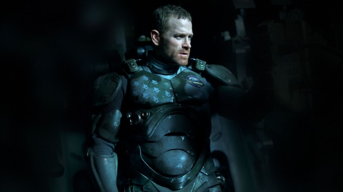 pacific-rim-movie-max-martini-as-herc-hansen-700x393