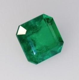 May-Birthstone-Emerald-9-295x300